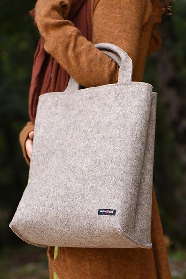 Haflinger sac à main en feutre pure laine.