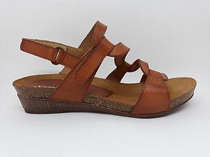Sandales XAPATAN compensées. Sandales confort