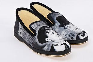 Laurel et Hardy sur chaussons, charentaises et pantoufles.