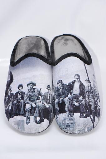 Chaussons, pantoufles, stars américaines