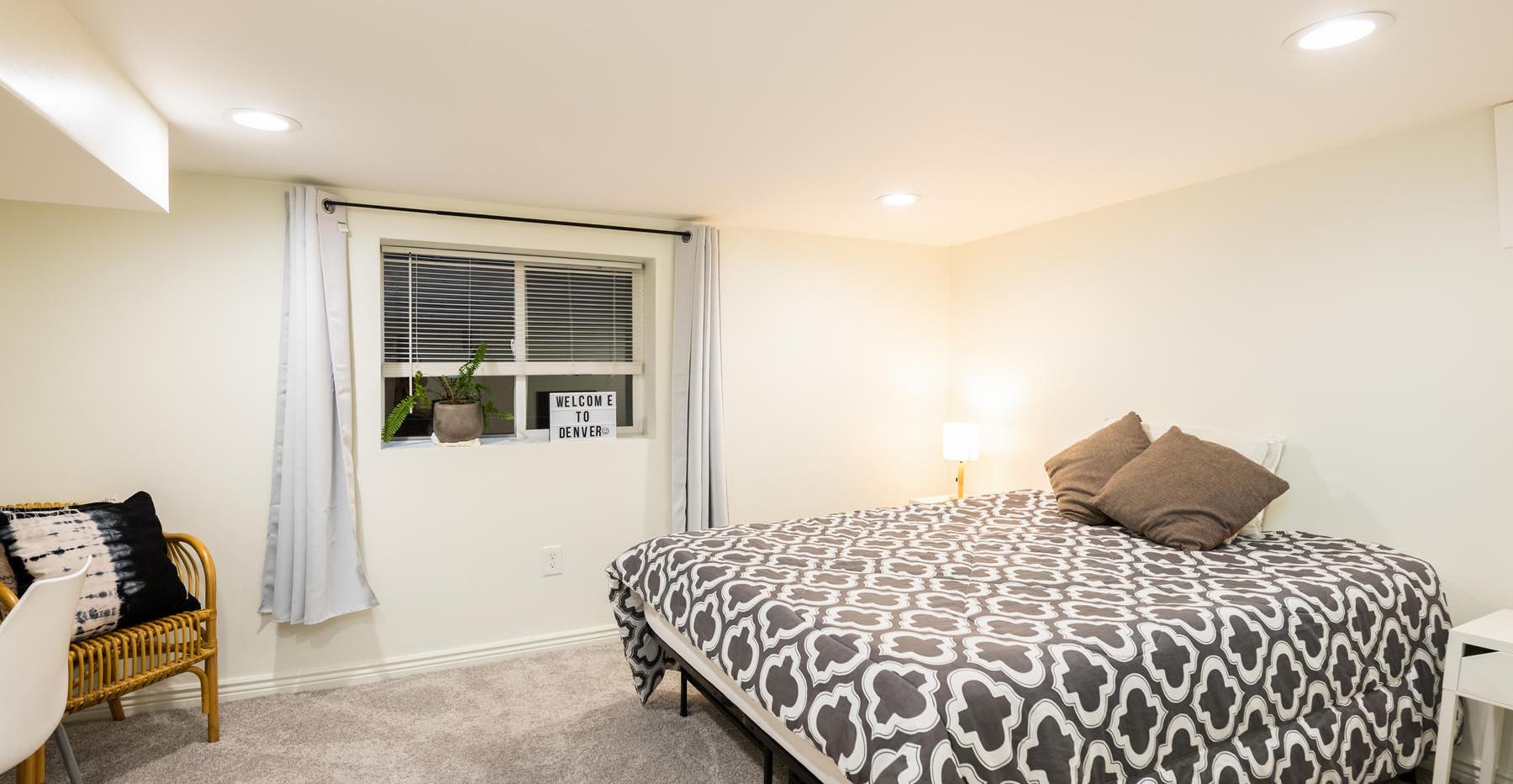 2639 York Street-041-051-Bedroom-MLS_Siz