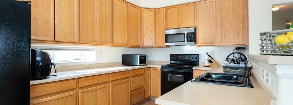 2112 W 101st Circle-012-016-Kitchen-MLS_