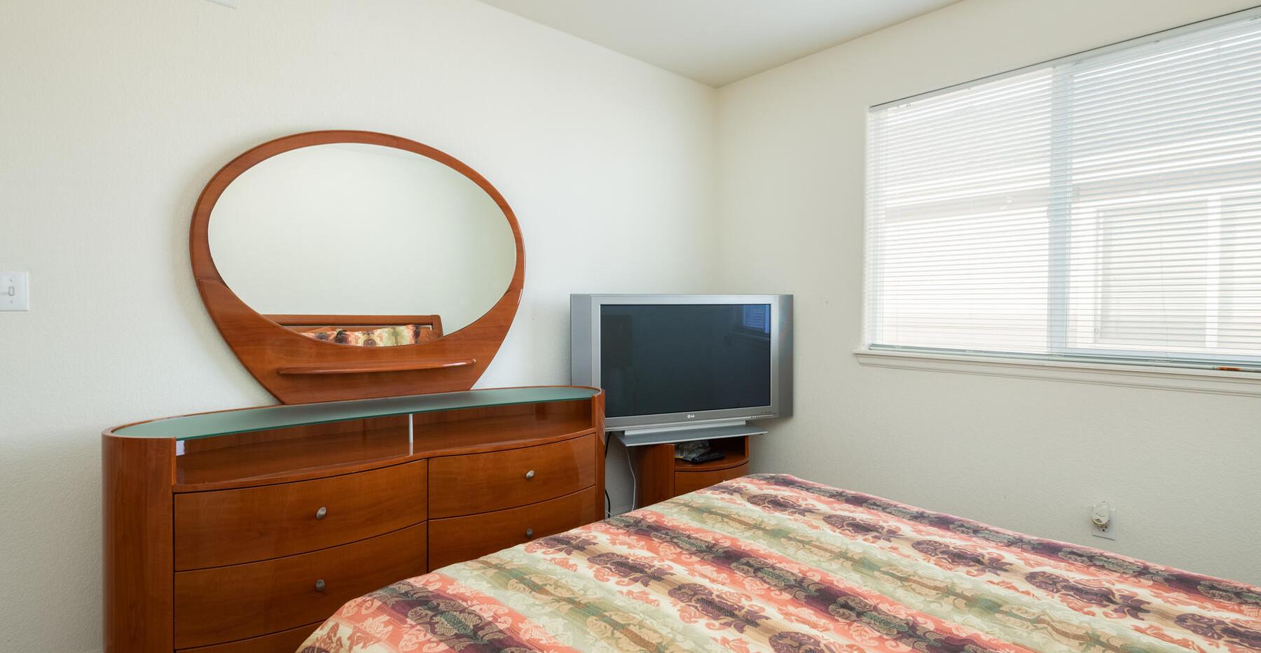 2112 W 101st Circle-036-036-Bedroom-MLS_