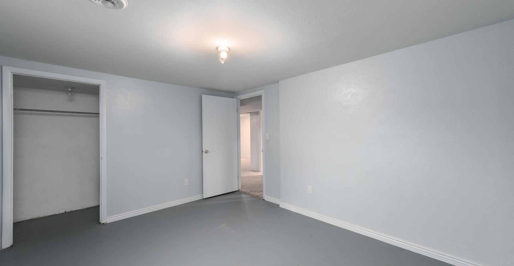 8626 W Utah Avenue-032-026-Lower Level-M
