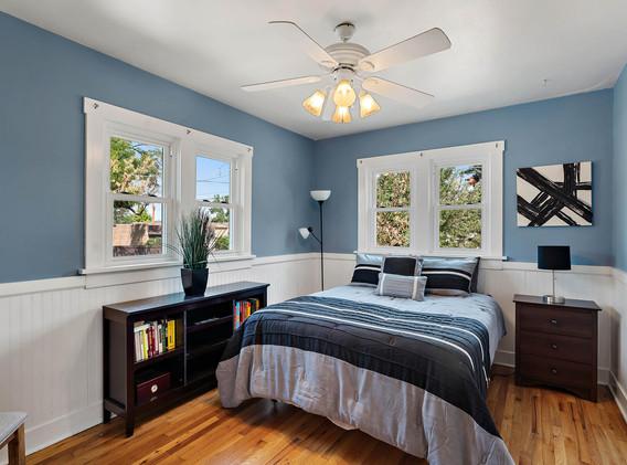 2894 Holly St-017-008-Bedroom-MLS_Size.jpg
