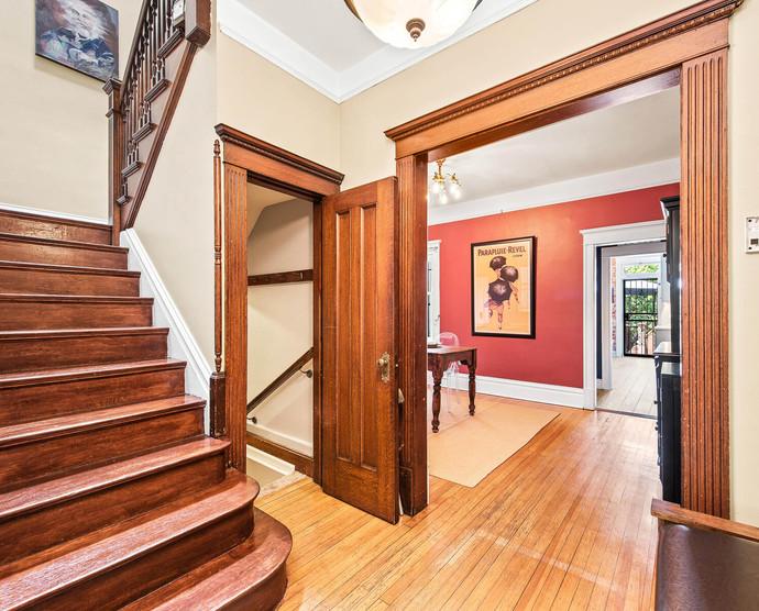 1575 N Ogden St-012-013-Stairway-MLS_Size.jpg