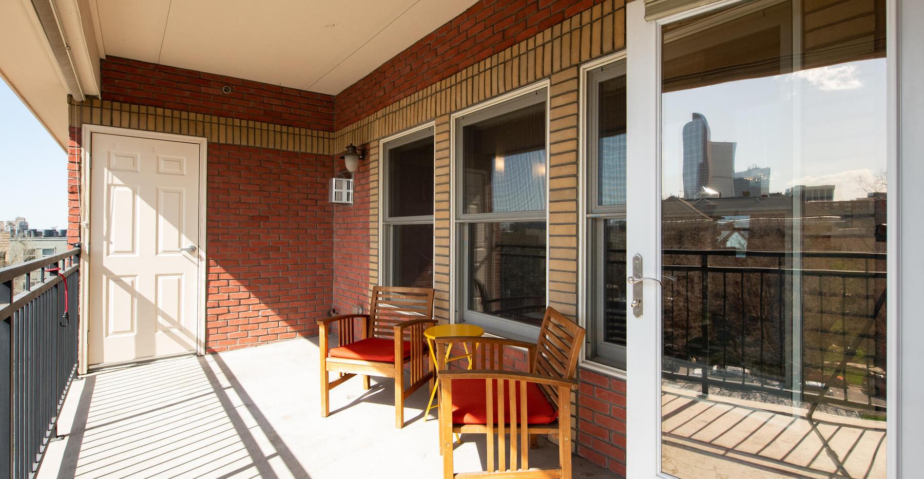 920 E 17th Avenue-044-064-Balcony-MLS_Si