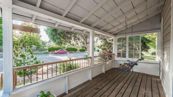 3150 S Clarkson Street-small-008-9-Porch