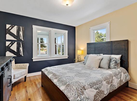 2894 Holly St-018-014-Bedroom-MLS_Size.jpg