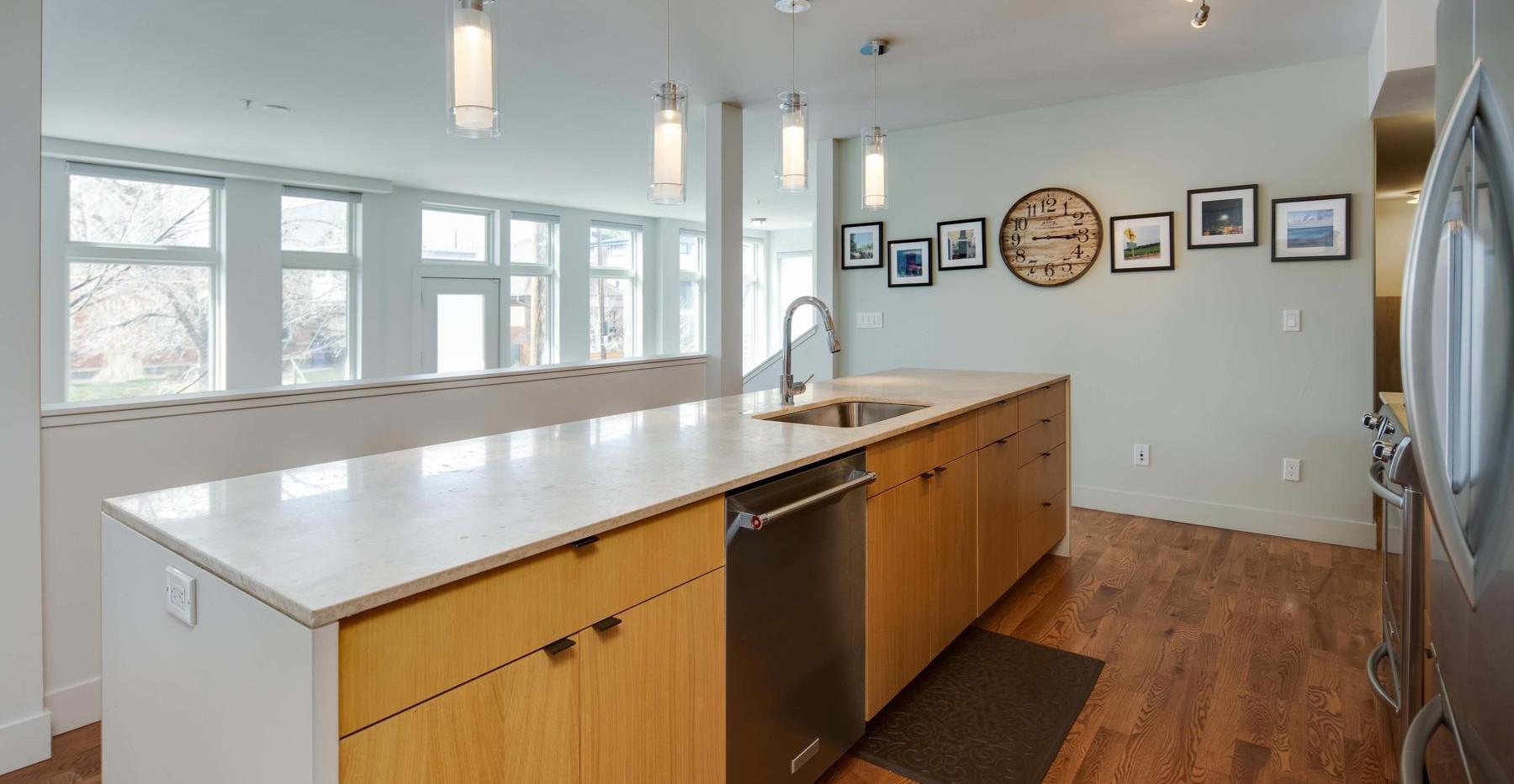 3434 Tejon Street-013-011-Kitchen-MLS_Si