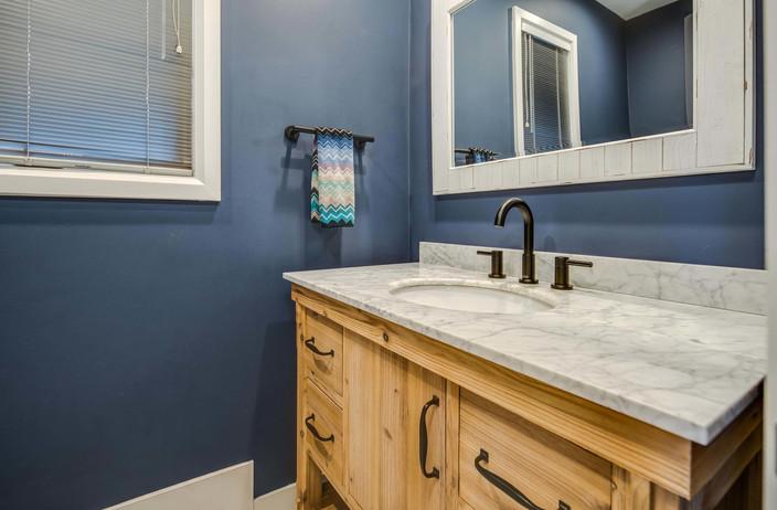 5700 E Prentice Place-026-031-Bathroom-M