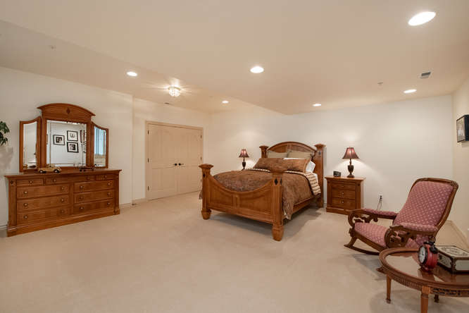 601 Cliffgate Lane-small-035-16-Bedroom-666x445-72dpi
