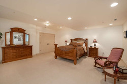 601 Cliffgate Lane-small-035-16-Bedroom-666x445-72dpi