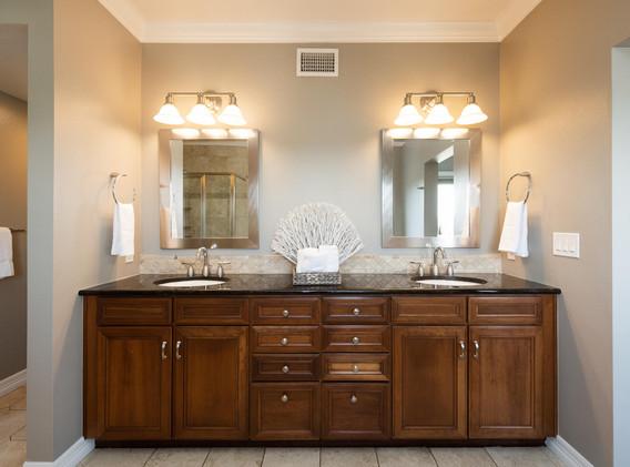 920 E 17th Avenue-056-038-Master Suite-M