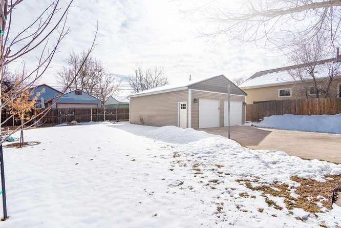 3210 S Emerson Street-small-029-32-Exter