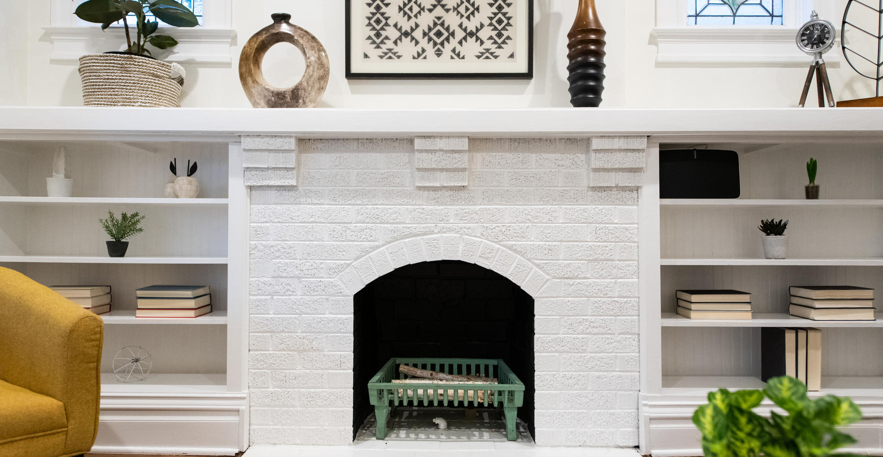 2639 York Street-012-023-Living Room-MLS