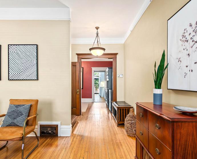 1575 N Ogden St-009-009-Living Room-MLS_Size.jpg