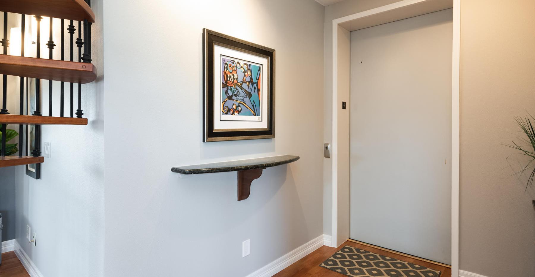 920 E 17th Avenue-017-033-Entry-MLS_Size