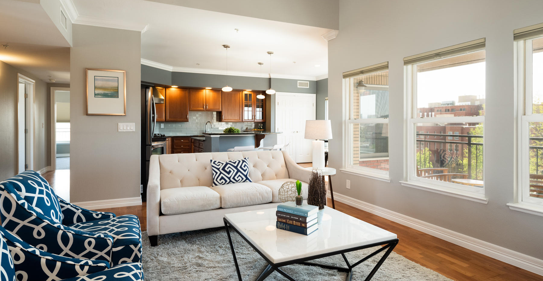 920 E 17th Avenue-030-043-Living Room-ML