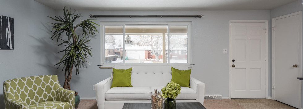 8626 W Utah Avenue-007-013-Living Room-M