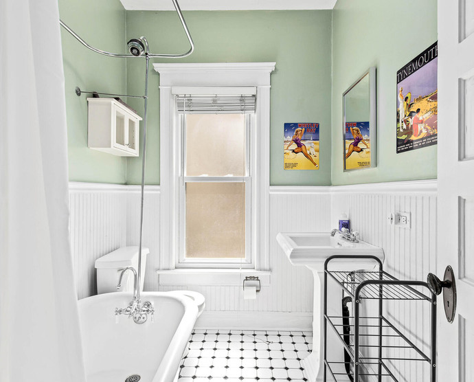 1575 N Ogden St-030-029-Bathroom-MLS_Size.jpg