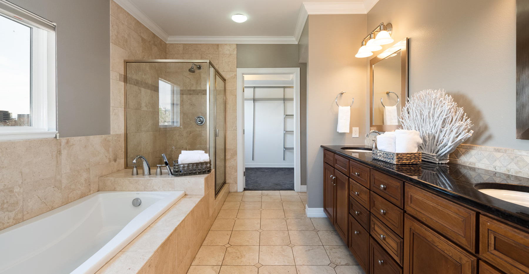 920 E 17th Avenue-055-066-Master Suite-M