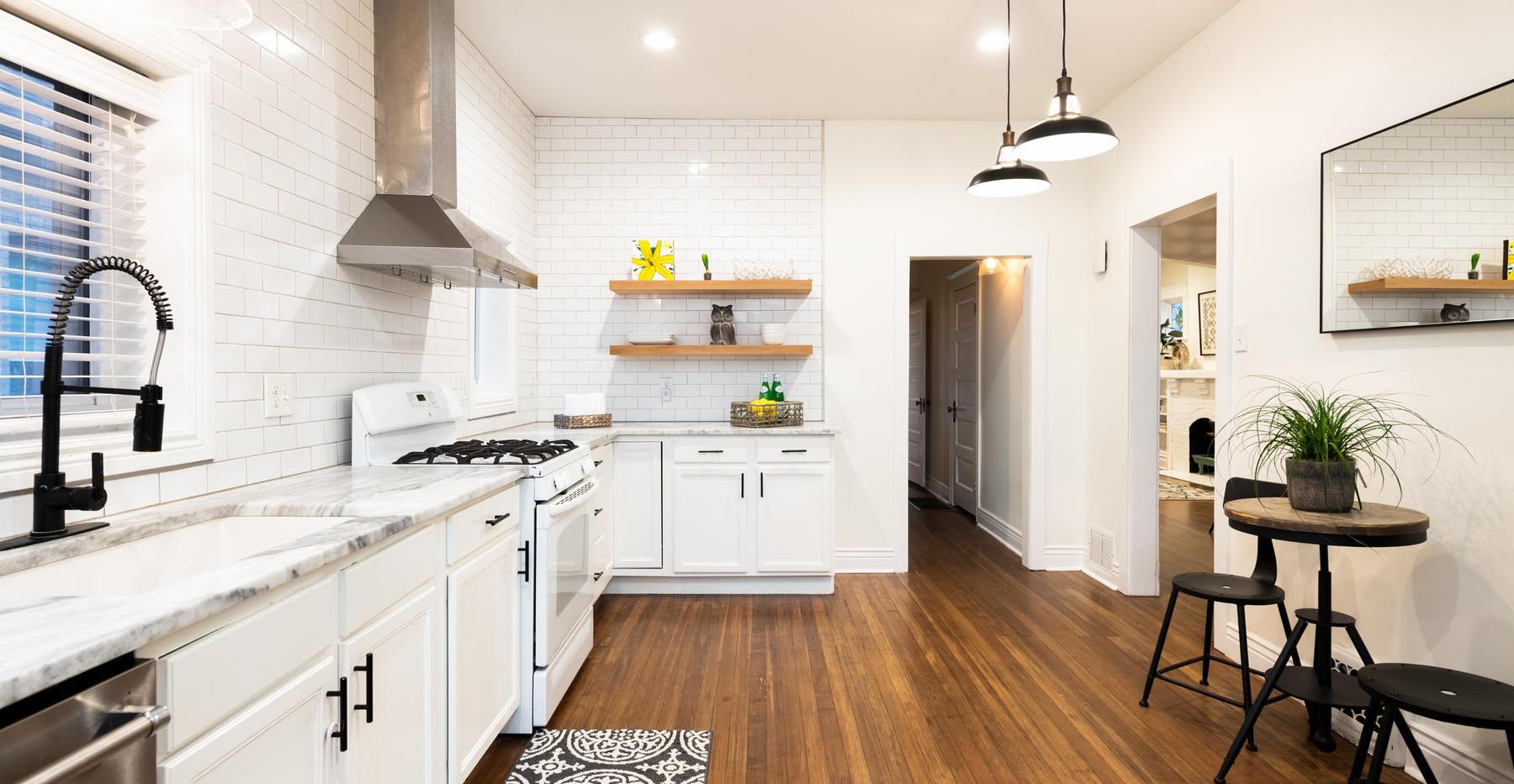 2639 York Street-027-030-Kitchen-MLS_Siz