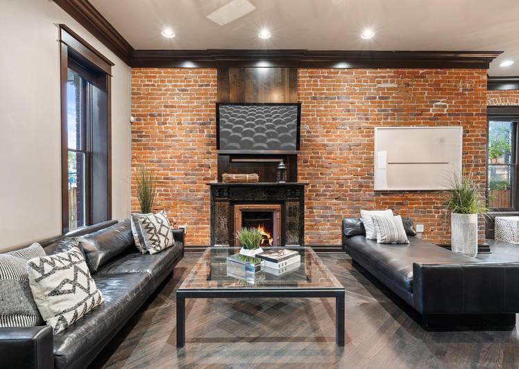 2615 Curtis Street-large-007-012-Living Room-1500x1000-72dpi.jpg