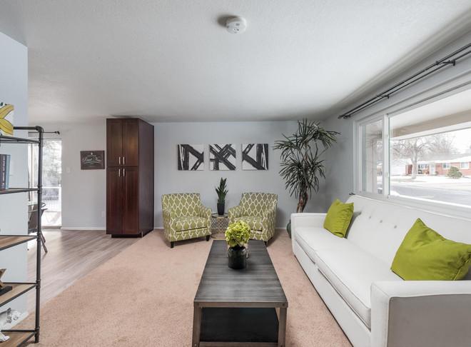8626 W Utah Avenue-005-003-Living Room-M