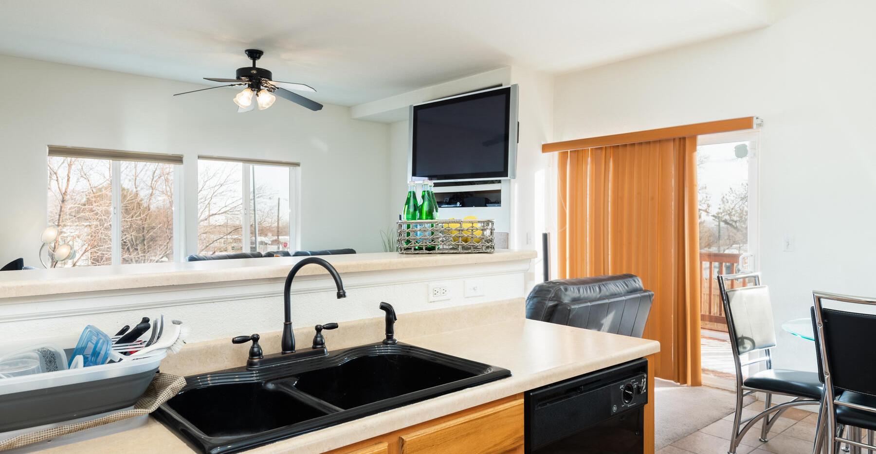 2112 W 101st Circle-016-028-Kitchen-MLS_