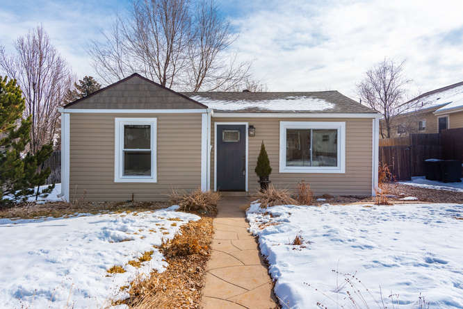 3210 S Emerson Street-small-001-18-Exter