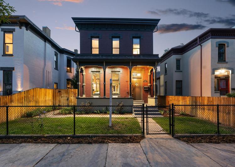 2615 Curtis Street-large-030-025-Exterior-1500x1000-72dpi.jpg