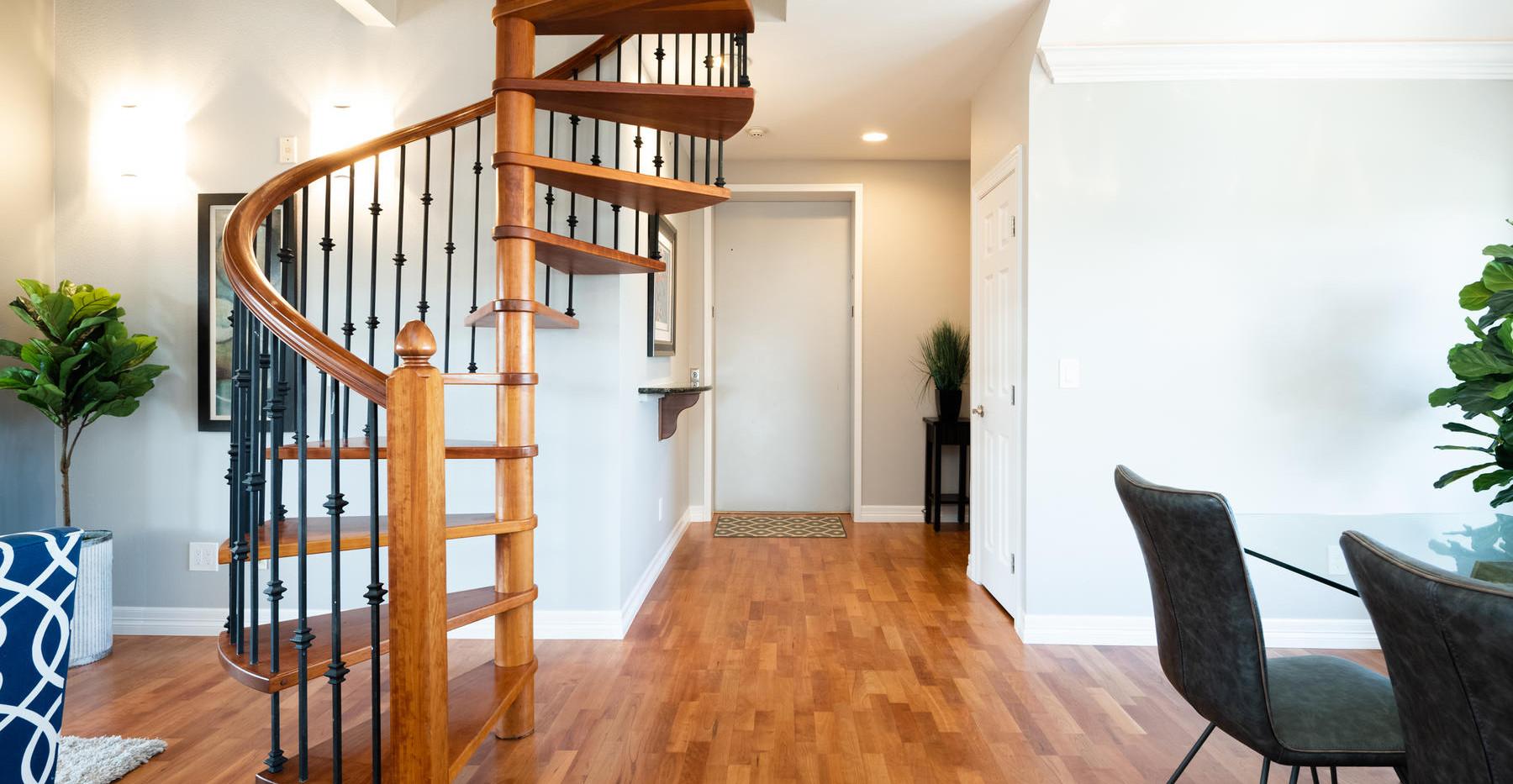920 E 17th Avenue-019-025-Entry-MLS_Size