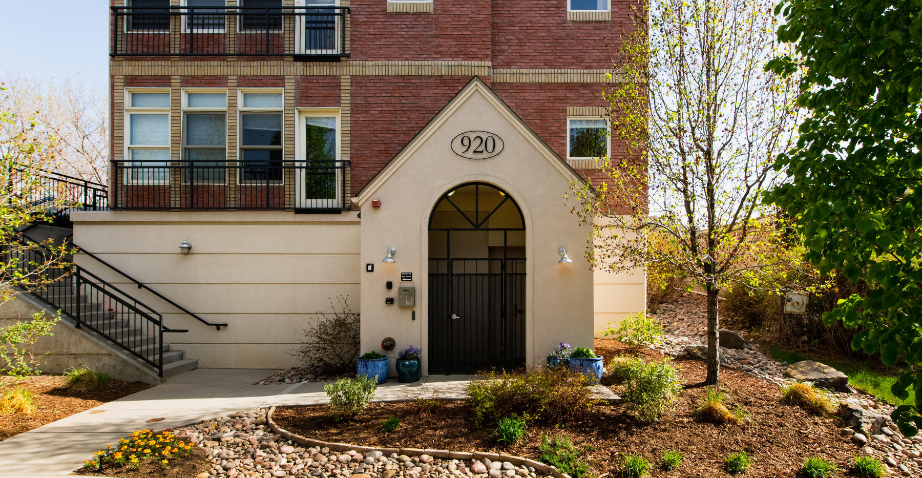 920 E 17th Avenue-014-032-Exterior-MLS_S