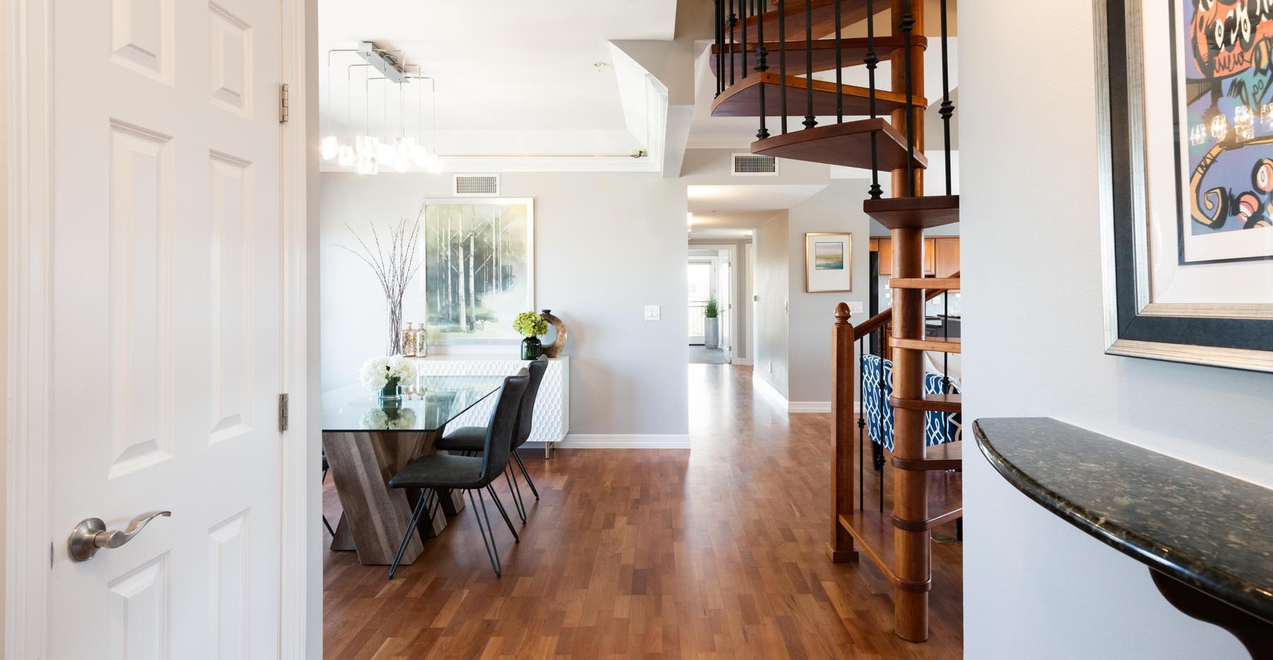 920 E 17th Avenue-018-027-Entry-MLS_Size