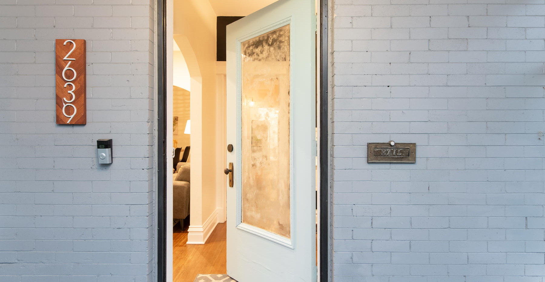 2639 York Street-006-006-Exterior-MLS_Si