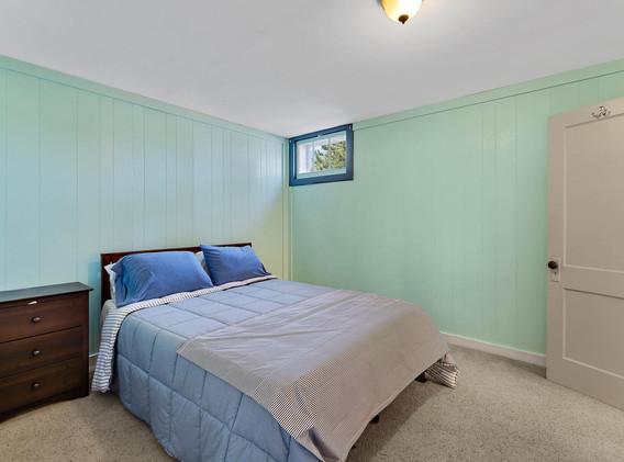 2894 Holly St-021-016-Bedroom-MLS_Size.jpg