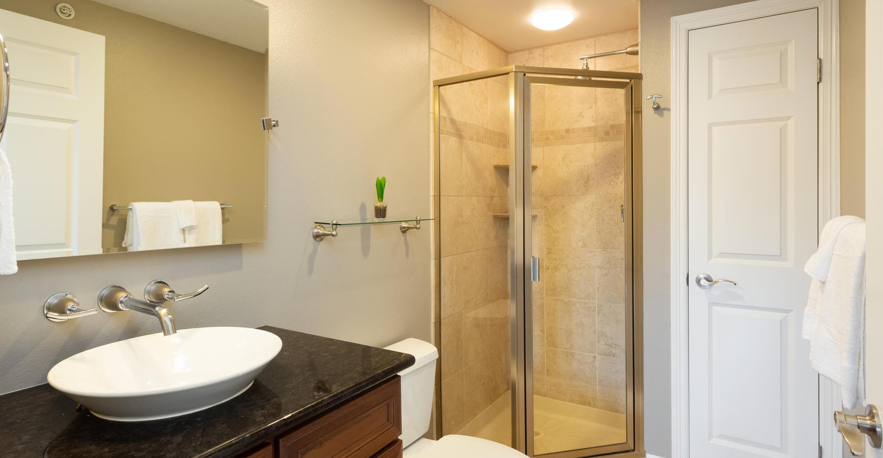 920 E 17th Avenue-062-060-Bathroom-MLS_S