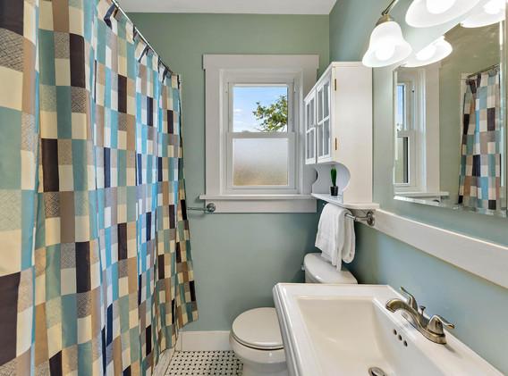 2894 Holly St-016-012-Bathroom-MLS_Size.jpg