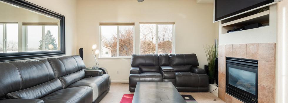2112 W 101st Circle-019-023-Living Room-