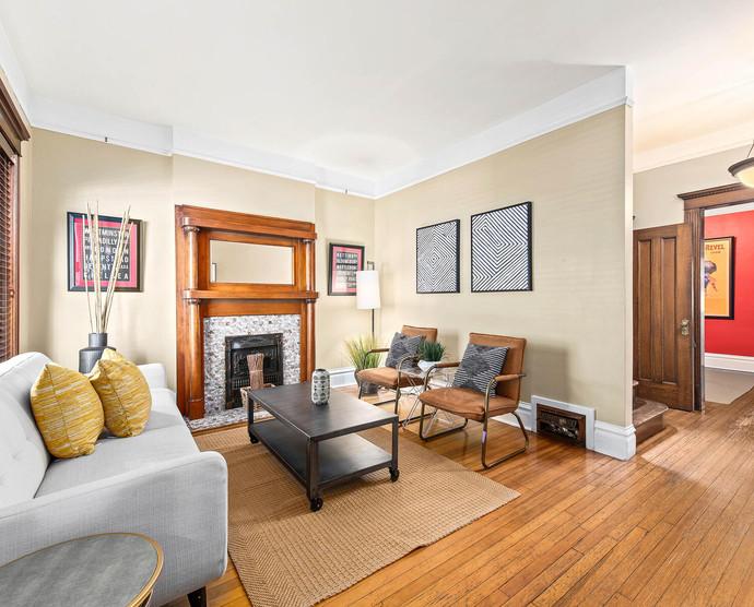 1575 N Ogden St-008-010-Living Room-MLS_Size.jpg