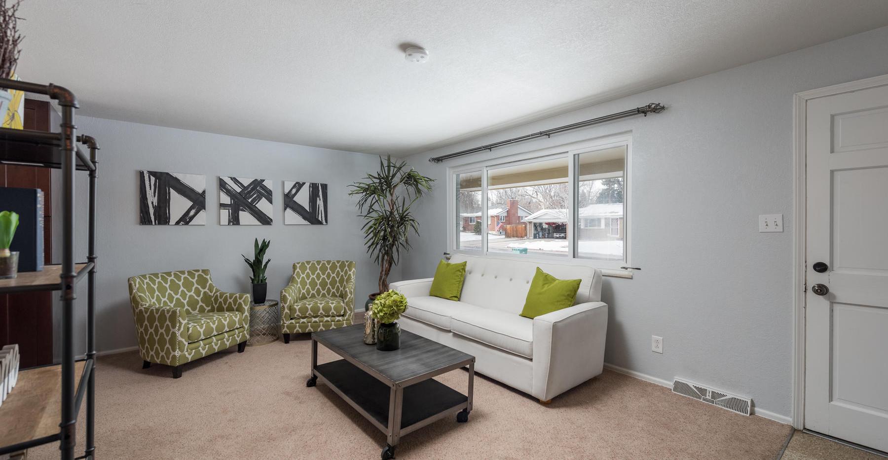 8626 W Utah Avenue-006-011-Living Room-M