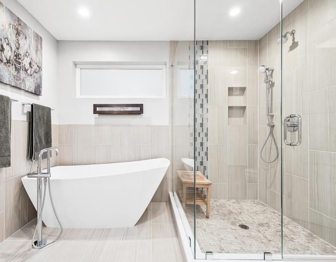3547 Vallejo St-large-023-030-Bathroom-1498x1000-72dpi.jpg
