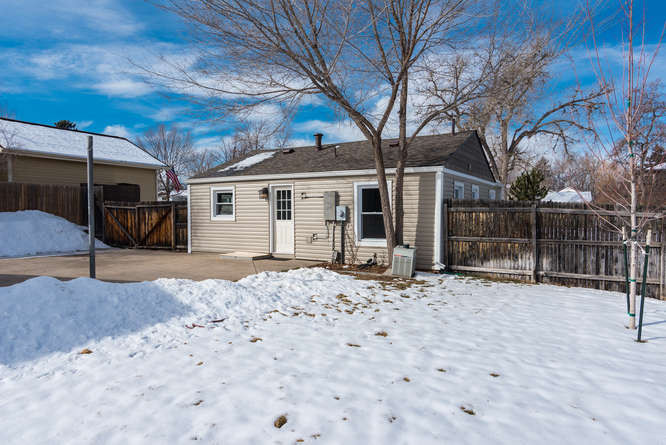 3210 S Emerson Street-small-030-30-Exter