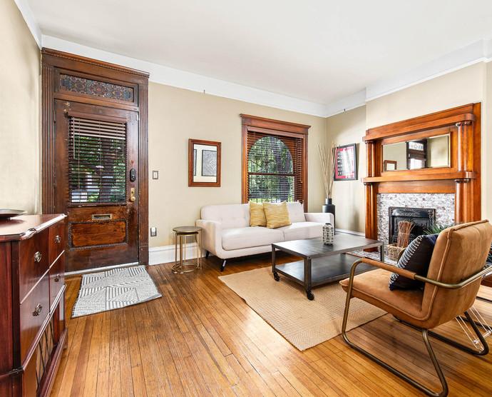 1575 N Ogden St-011-017-Living Room-MLS_Size.jpg
