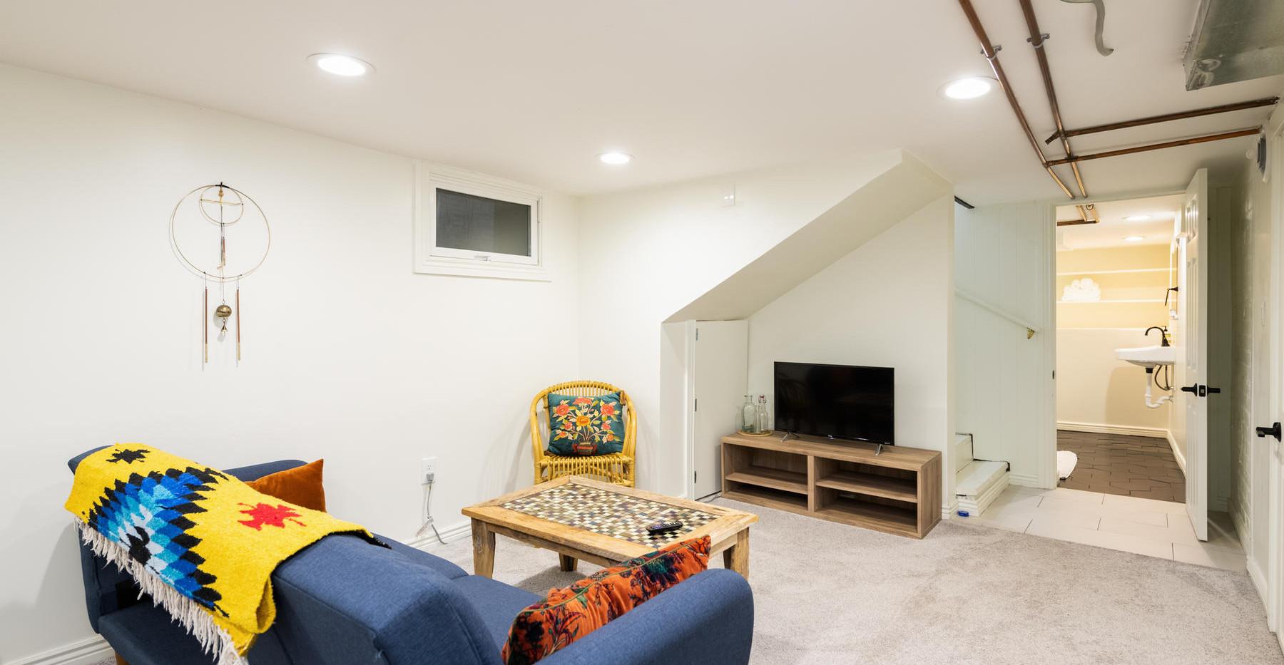 2639 York Street-040-039-Lower Level-MLS