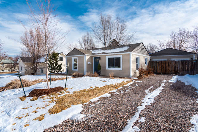 3210 S Emerson Street-small-002-36-Exter