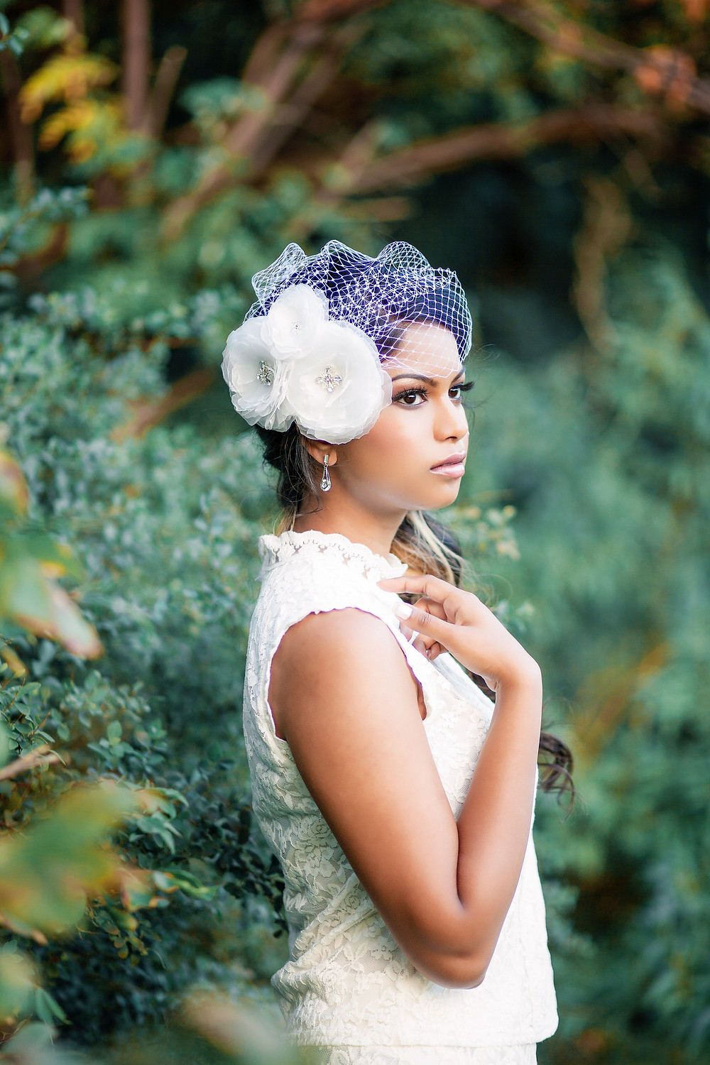 Bridal Accessories - Bird Cage Veil By: Illieana George Couture