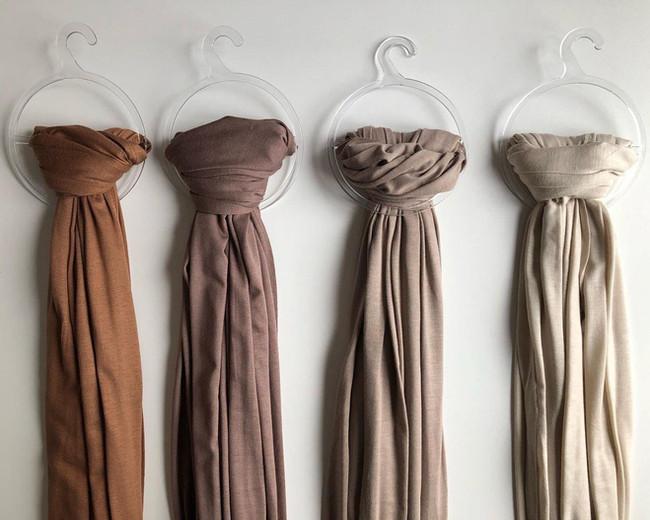 Hijabs   Chiffon Dresses   Bantikhijab   Pleated Chiffon Shawl   Plisse Shawls   Cotton Shawls   Jersey Shawls   Abayas