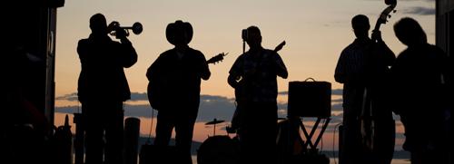 Estate Music Performance
